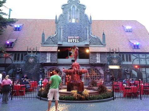 Busch Gardens Howl O Scream Williamsburg by The Thrills Howl O Scream At Busch Gardens