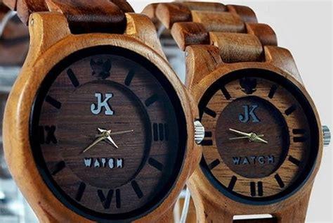 Jam Tangan Unik Kayu berbagi dan menjadi inspirasi tambo