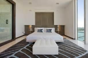 modern guest bedroom shadowbend: guest bedroom modern bedroom miami by david de la garza