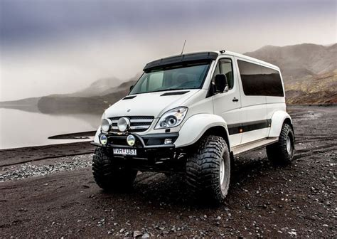 lifted mercedes van mercedes benz sprinter 4x4 sprinter pinterest benz