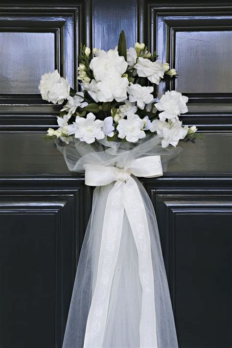 25  best ideas about Wedding Door Decorations on Pinterest