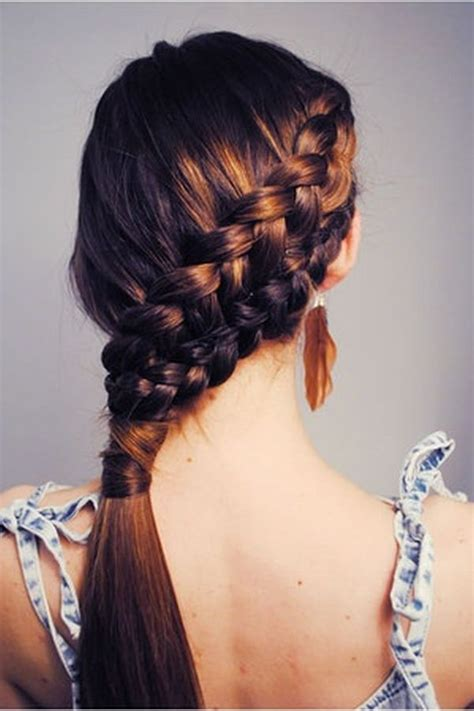 katniss hairstyle katniss slanted braid 7 great hairstyles for riding a
