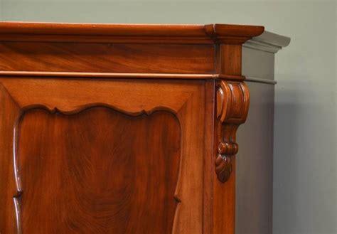 come valutare un mobile antico mobili antichi arredamento tipologie di mobili antichi