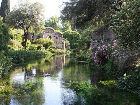 giardino di ninfa il giardino di ninfa natura e paesaggio idee di viaggio