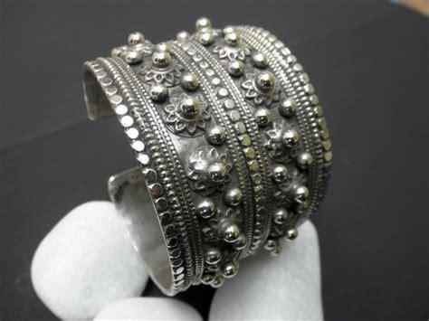 Ethnic Sterling silver bracelete from Uzbekistan.   285 eur.   Jewellery Ethnic bracelets   QAF