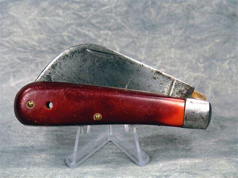 camillus pocket knives value vintage camillus 1 hawkbill linerlock pocket knife current