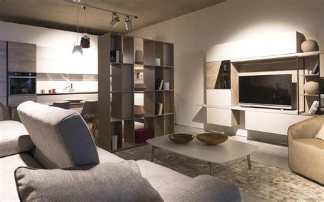 piccoli mobili da soggiorno soggiorno piccolo cinque trucchi per aumentare lo spazio