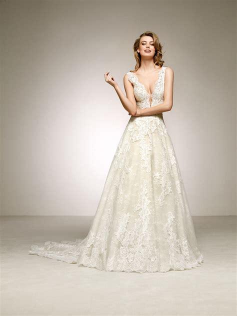 Pronovias Wedding Dresses And Cocktail Dresses   romantic and sensual wedding dress devany pronovias