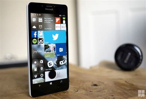 windows 10 mobile first wave to be available on lumia 640 microsoft not planning a second wave release for the