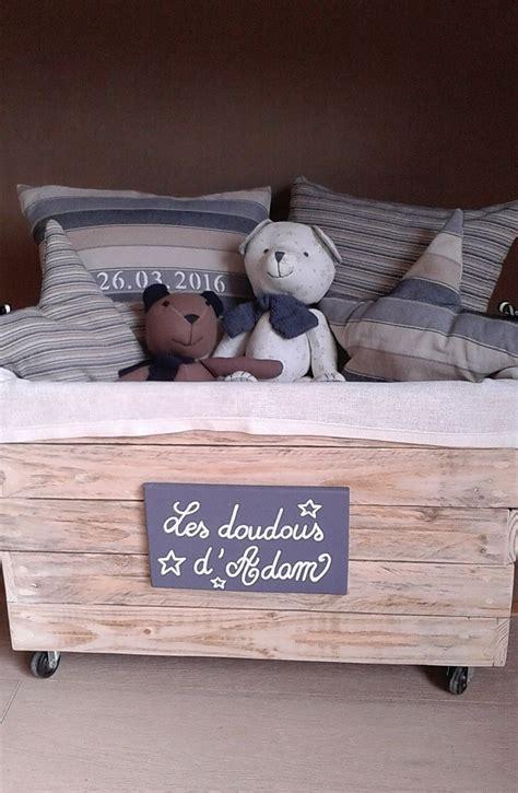 accessoire chambre enfant accessoire pour chambre d enfant coffre 224 doudous r 233 alis 233