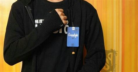Kaos Baju Greenlight 6 sweater ariel rajut greenlight murah sepertiga