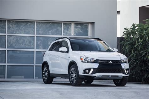 mitsubishi outlander sport 2018 mitsubishi outlander sport gets a facelift the