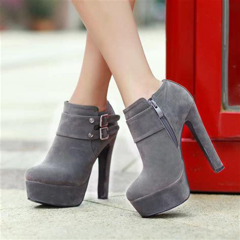 winter toe chunky high heel zipper ankle buckle grey