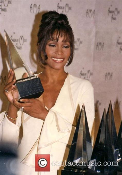 file whitney houston 21st american music awards february whitney houston picture whitney houston and american