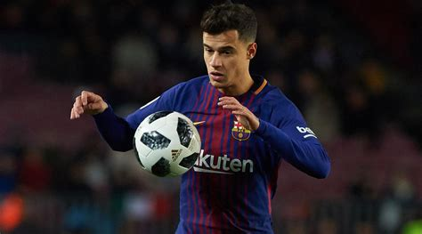 barcelona coutinho philippe coutinho combines with luis suarez to score his