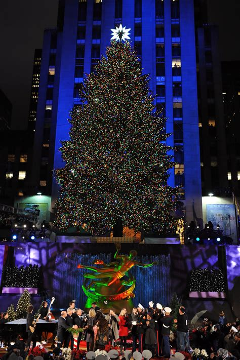 Rockefeller Center Christmas Tree Lighting Zimbio Rockefeller Plaza Tree Lighting