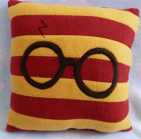 Harry Potter Pillow by Harry Potter Throw Pillow 12x12 Room Ideas For Noelle