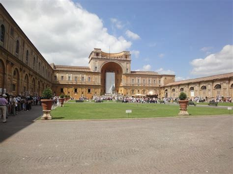 cortile belvedere bramante cortile belvedere photo