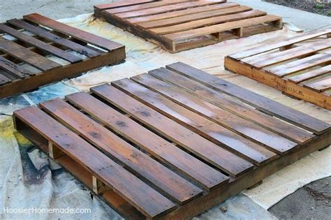How To Make A Wood Pallet by How To Build A Wooden Pallet Compost Bin In 6 Easy Steps