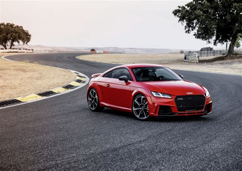 audi tt rs 0 60 2018 audi tt rs costs 64 900 does 0 60 in 3 6 seconds