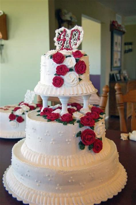 anniversary cake  red rosesjpg  comments  res p hd