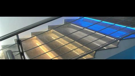 illuminazione scale esterne gradini delle scale illuminate con strisce led