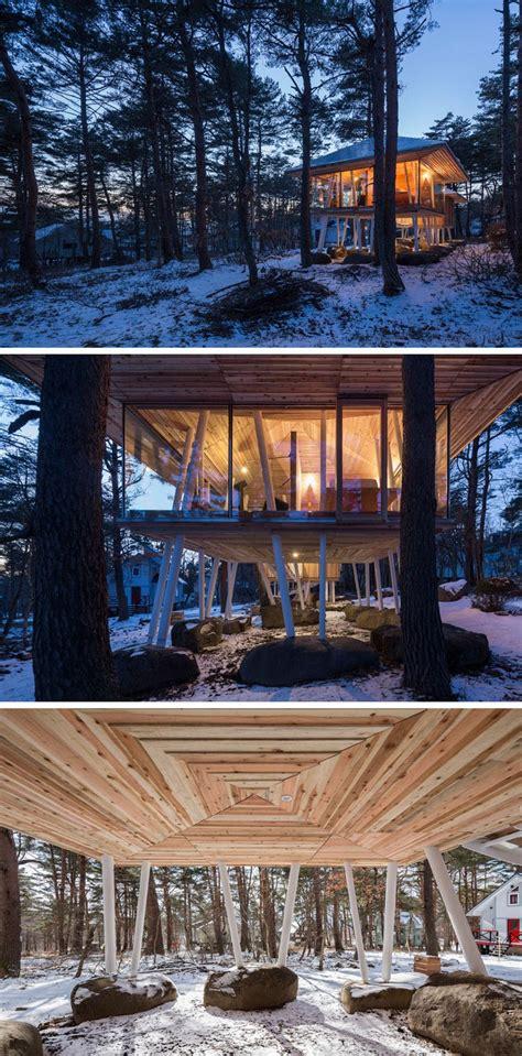 holzhaus auf stelzen holzhaus auf stelzen gebaut gegen schneefall ferienhaus