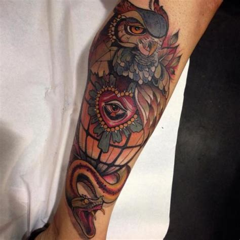 tattoo old school occhio tatouage serpent cœur jambe hibou par blessed tattoo