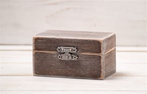 personalized wedding wooden ring box by inesesweddinggallery