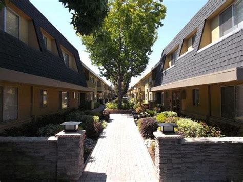 Highland Gardens Mountain View by Highland Garden Apartments Mountain View Apartment