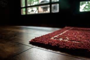 Rugs For Hardwood Floors Important Tips Before Placing Rugs On Hardwood Floors Times Guide To Log Homes
