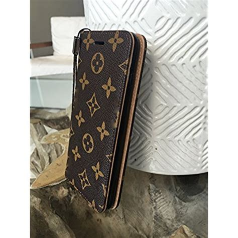 Casing Silicong Lv Standing Iphone 4 Iphone 5 louis vuitton phone