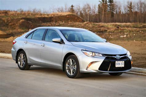 Toyota Camry Se 2015 Test Drive 2015 Toyota Camry Hybrid Autos Ca
