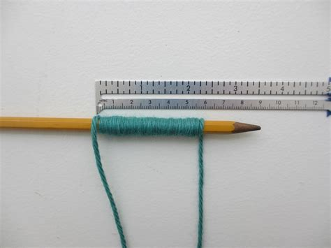 how to measure knitting determining yarn weights with wraps per inch