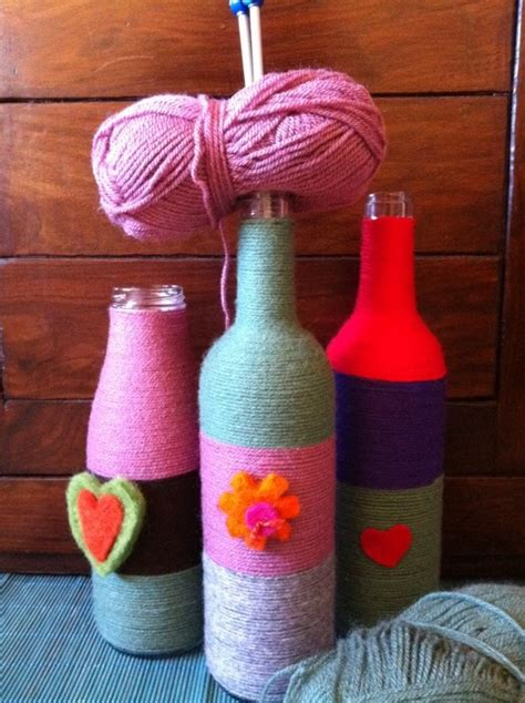 decorar vasos de vidrio para navidad botellas decoradas 15 ideas para transformarlas