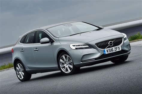 volvo new v40 new volvo v40 2016 review pictures auto express