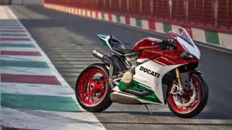 Aluminum Trellis Final Edition Panigale R Paves The Way For Ducati S V4 Era