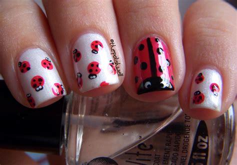 easy nail art ladybug today nail art ladybug and white nail design