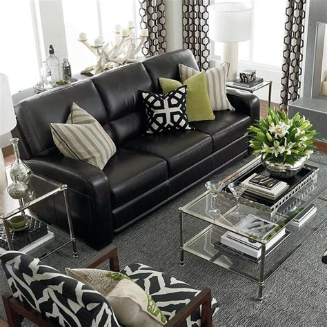 Living Room Black Furniture Decorating Ideas by Best 25 Black Leather Couches Ideas On Black