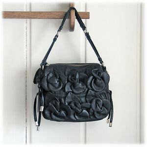 cynthia rowley soft supple leather flower  applique black bag msrp  nwot ebay