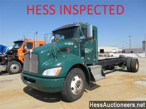 kenworth chassis for sale used 2011 kenworth t270 cab chassis truck for sale in pa