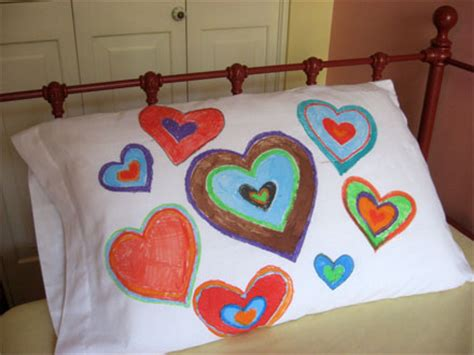 Decorating Pillowcases For by Busy Mommas Helpful Tips N Tricks September 2009