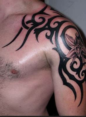 52 Most Eye Catching Tribal Tattoos Awesome Shoulder Tattoos For Guys