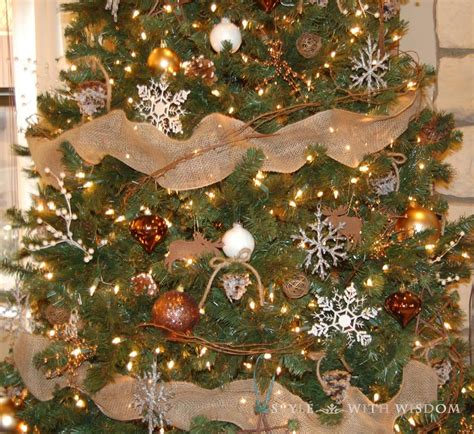 40 pretty rustic christmas tree decorating ideas for