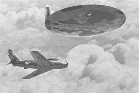dischi volanti gli alieni esistono ecco i 10 segni dimostrano la