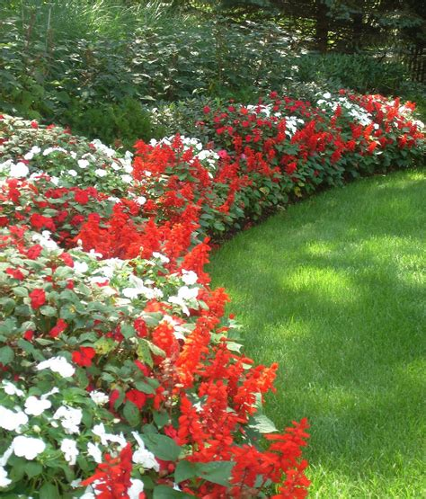 Beautiful Flower Beds For Front Yards Red And White Garden Flower Borders
