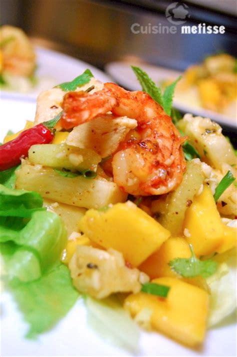 cuisine metisse yam polamai salade tha 239 e au poulet crevettes et fruits