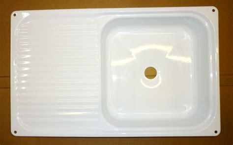 White Enamel Kitchen Sink