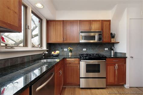 Pictures Of Kitchens Traditional Medium Wood Kitchens Pictures Kitchen Cabinets