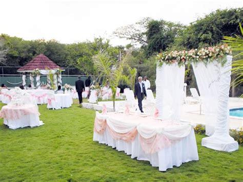 como decorar un salon para 15 años sencillo centros de mesa para fiestas centros de mesa para eventos